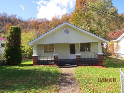 406 Mapother St, Loyall, KY 40854