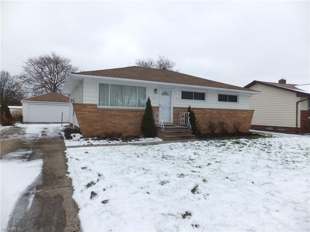 6883 Revere Rd Parma Heights, OH 44130