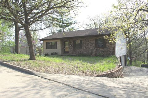 Photo of 507 Holiday Dr, Jefferson City, MO 65101