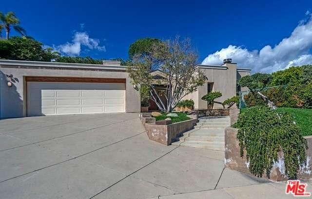 16653 Charmel Ln, Pacific Palisades, CA 90272