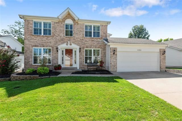 16814 Crystal Springs Dr Chesterfield, MO 63005