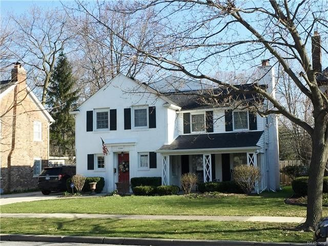 Check out the home I found in Grosse Pointe Woods