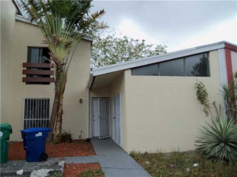 4426 Nw 185th St, Miami Gardens, FL 33055