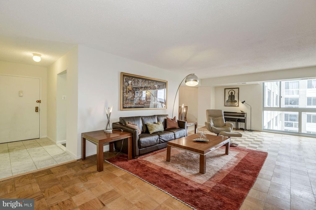 4601 N Park Ave Apt 1513, Chevy Chase, MD 20815