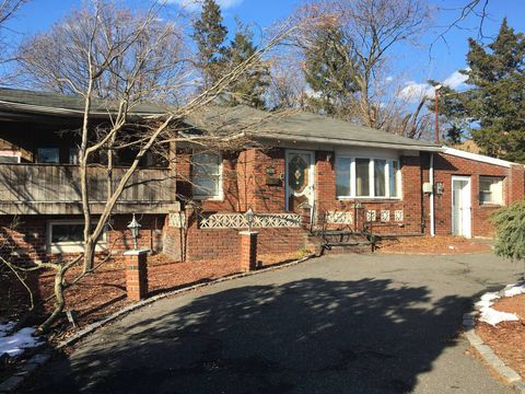 Photo of 1384 Star Ave, Elmont, NY 11003