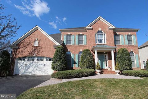 Photo of 9912 Willow Tree Ter, Rockville, MD 20850
