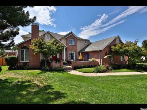 2230 E Pinecreek Cir S, Cottonwood Heights, UT 84093