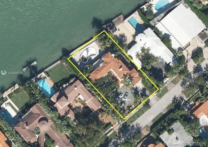 4766 N Bay Rd, Miami Beach, FL 33140