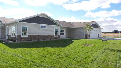 Photo of 812 Sunflower Rd, Brookings, SD 57006