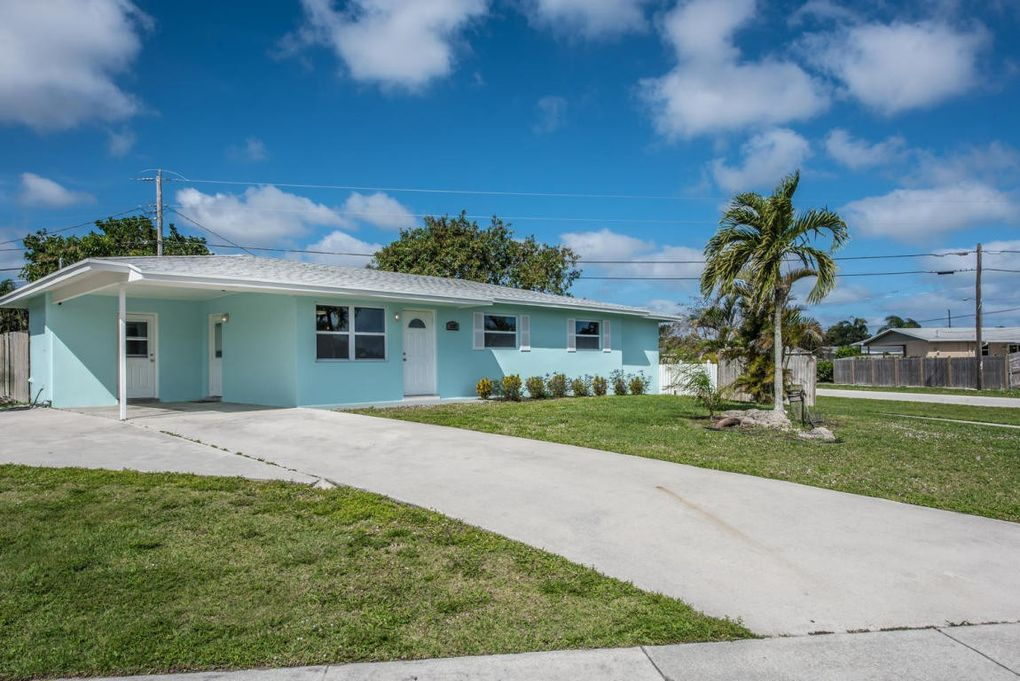 3737 Gull Rd, Palm Beach Gardens, FL 33410