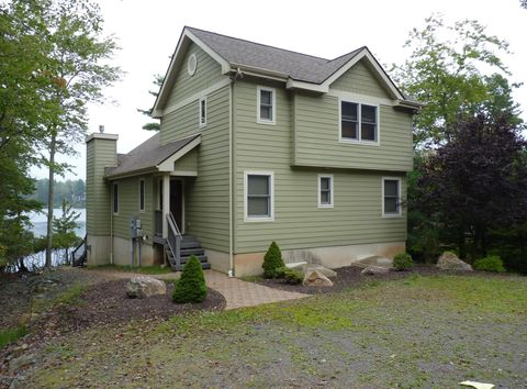Photo of 174 S Lake Dr, Lake Harmony, PA 18624
