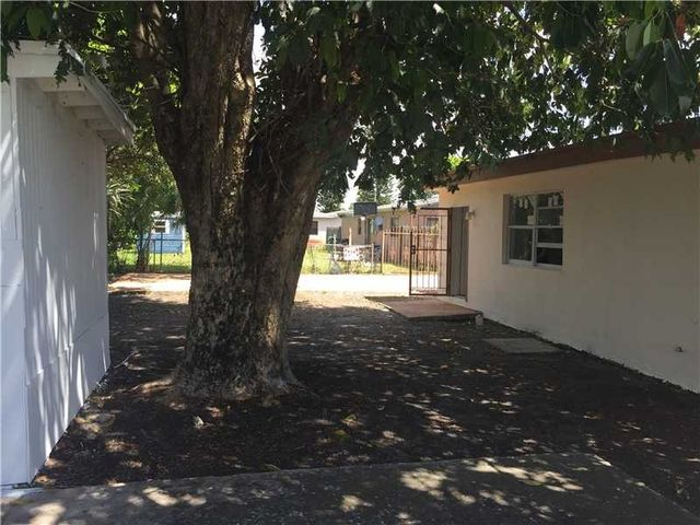 20500 Nw 22nd Ave Miami Gardens Fl 33056 Home For Sale