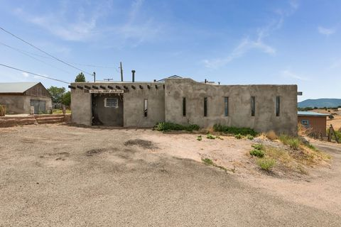 House 85 County Road 75, Truchas, NM 87578