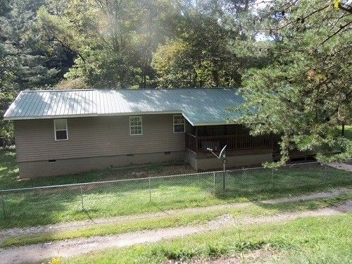 1251 Craft Colly Rd, Ermine, KY 41815