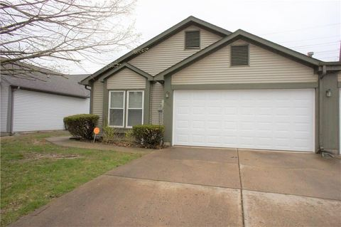 Photo of 4130 Eagle Cove Dr W, Indianapolis, IN 46254