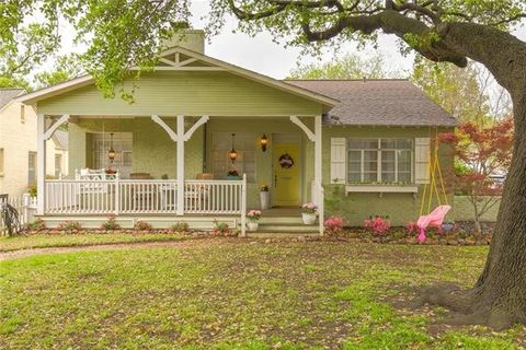 Photo of 3720 Westcliff Rd S, Fort Worth, TX 76109