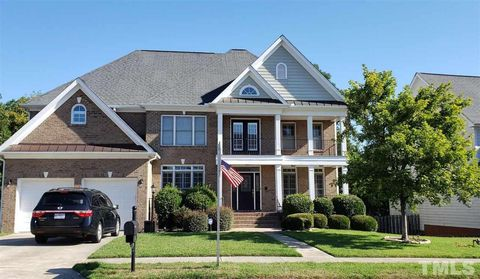 Photo of 425 Virginia Water Dr, Rolesville, NC 27571