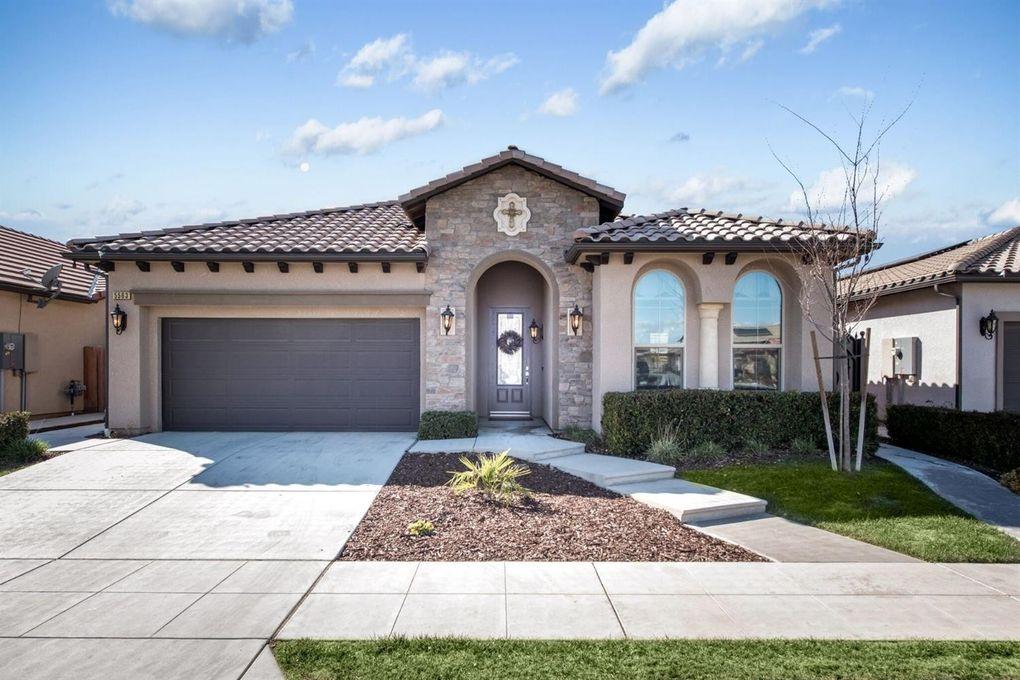 5563 N Tisha Ave, Fresno, CA 93723