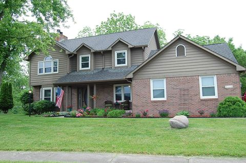 Photo of 5101 Stirling Pointe Ct, Indianapolis, IN 46241