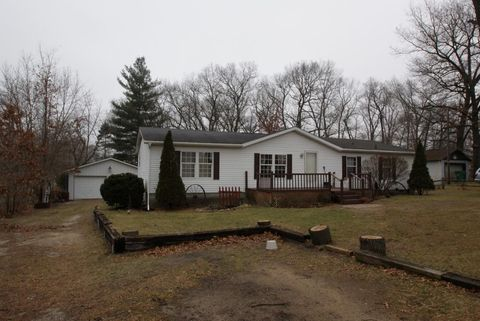 1770 W 450 S, North Judson, IN 46366