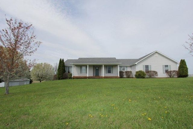 salvisa senior singles The home at 1075 old louisville rd, salvisa,  mercer county senior high 9  is a single family home located in salvisa, ky this single family home is 1,720 .