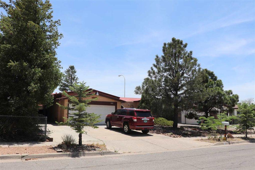 2325 Calle Pacifica Santa Fe, NM 87505