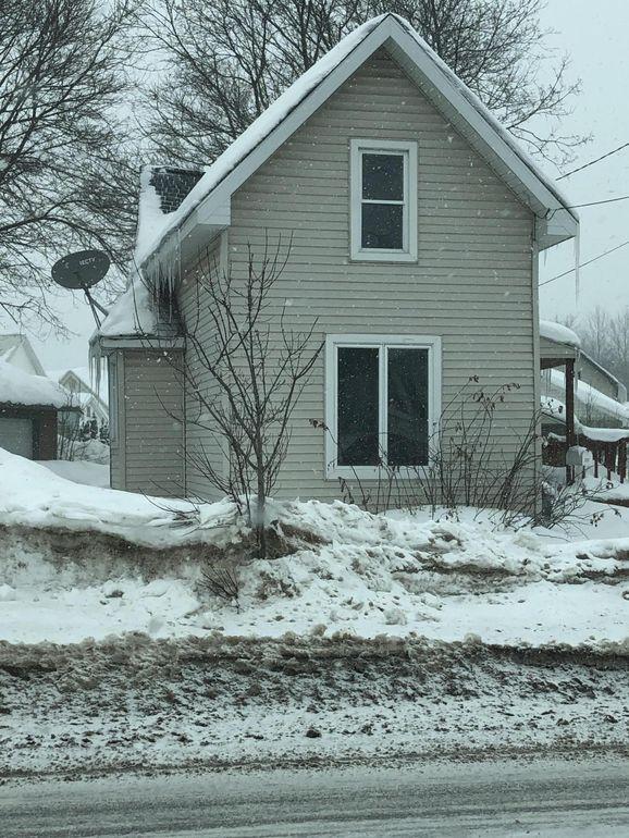 207 E Easterday Ave, Sault Sainte Marie, MI 49783