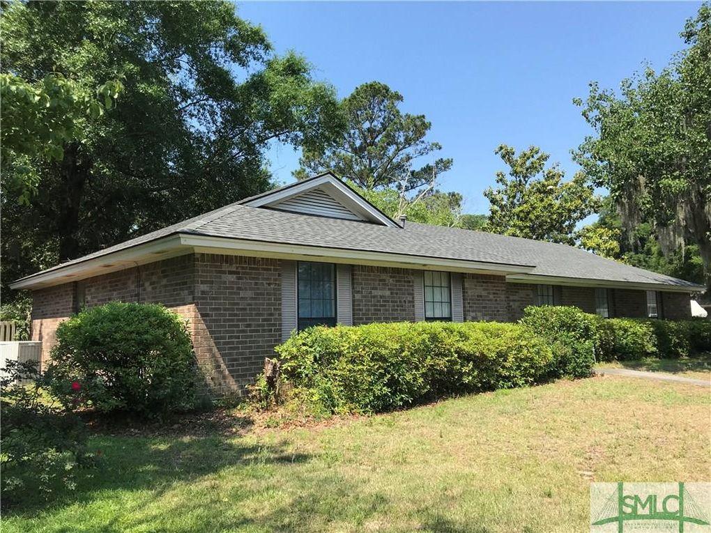 132 Shamrock Cir, Savannah, GA 31406