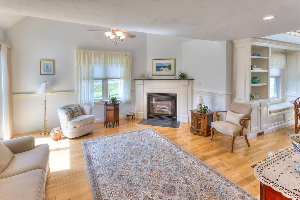 168 Old Field Rd, Plymouth, MA 02360