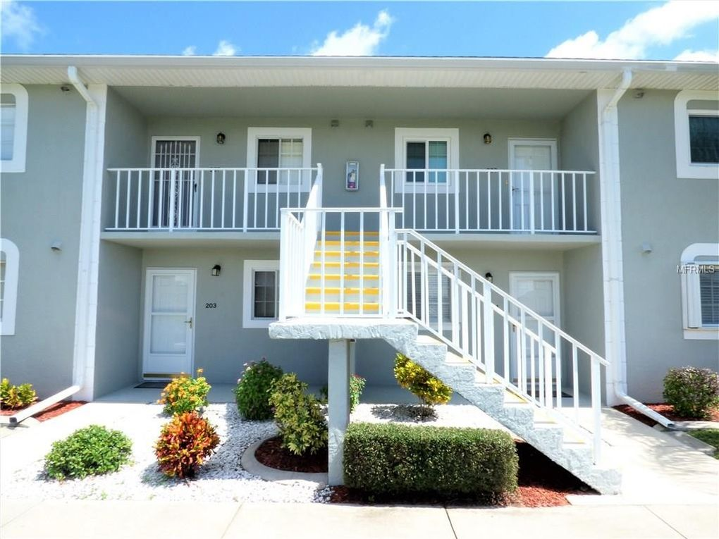 3310 Loveland Blvd Unit 207, Port Charlotte, FL 33980