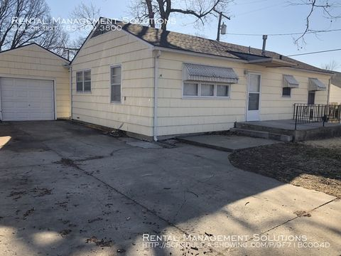 Photo of 2906 Se Indiana Ave, Topeka, KS 66605