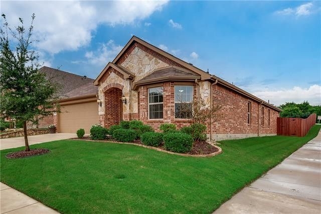 8048 Vista Hill Ln Dallas, TX 75249