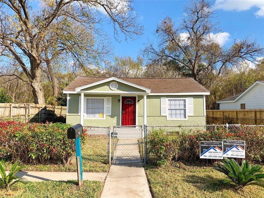 5610 Brackenridge St Houston, TX 77026