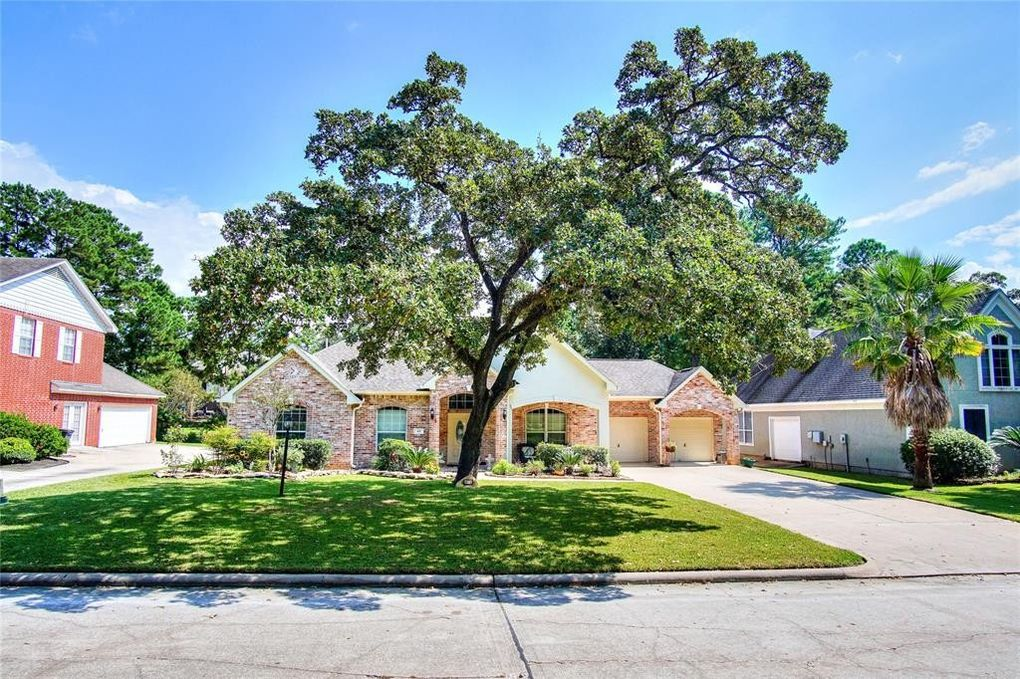 63 Wick Willow Dr, Montgomery, TX 77356