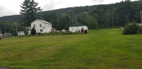 Photo of 387 Main St, Lavelle, PA 17943
