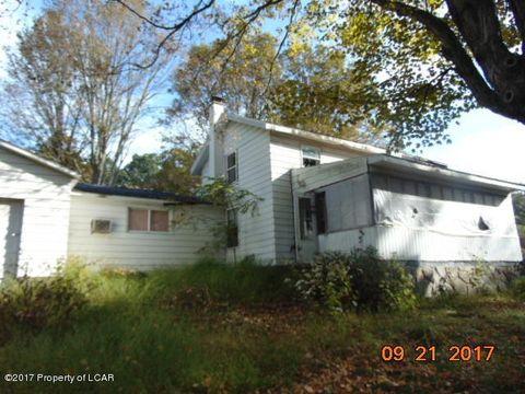 17 Lewis Rd, Hunlock Creek, PA 18621