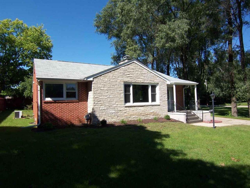 2040 S Cottage Ave Beloit Wi 53511 Realtor Com 174