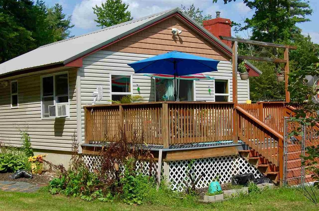 55 Cove St, Goffstown, NH 03045
