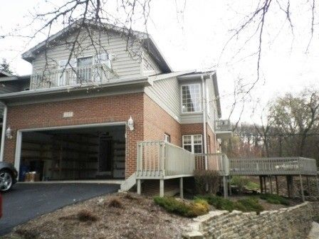 137 Willow Creek Ln Unit 1, Willow Springs, IL 60480