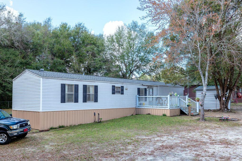 973 Valley Rd, Crestview, FL 32539
