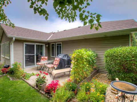 1912 Glenhaven Ln N Brooklyn Park MN 55443 House For Sale