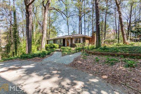 Photo of 2604 N Druid Hills Rd Ne, Atlanta, GA 30329
