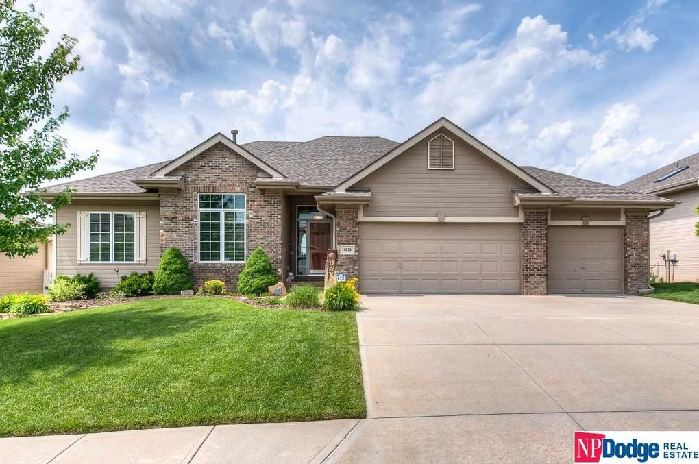 4818 Coffey St Papillion, NE 68133