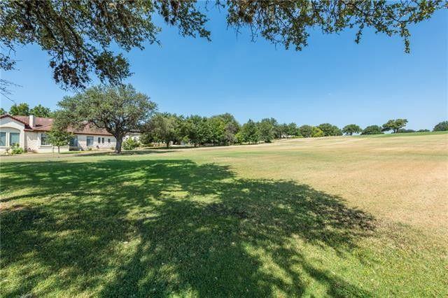 1403 Lakeway Dr Lakeway, TX 78734