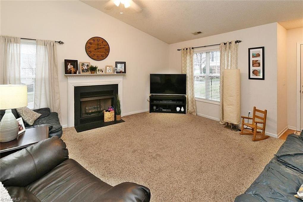 1950 Cedar Ridge Ln, Winston Salem, NC 27127