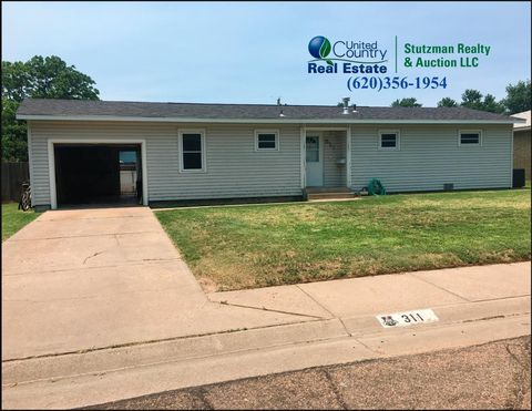 311 S Mc Call St, Ulysses, KS 67880