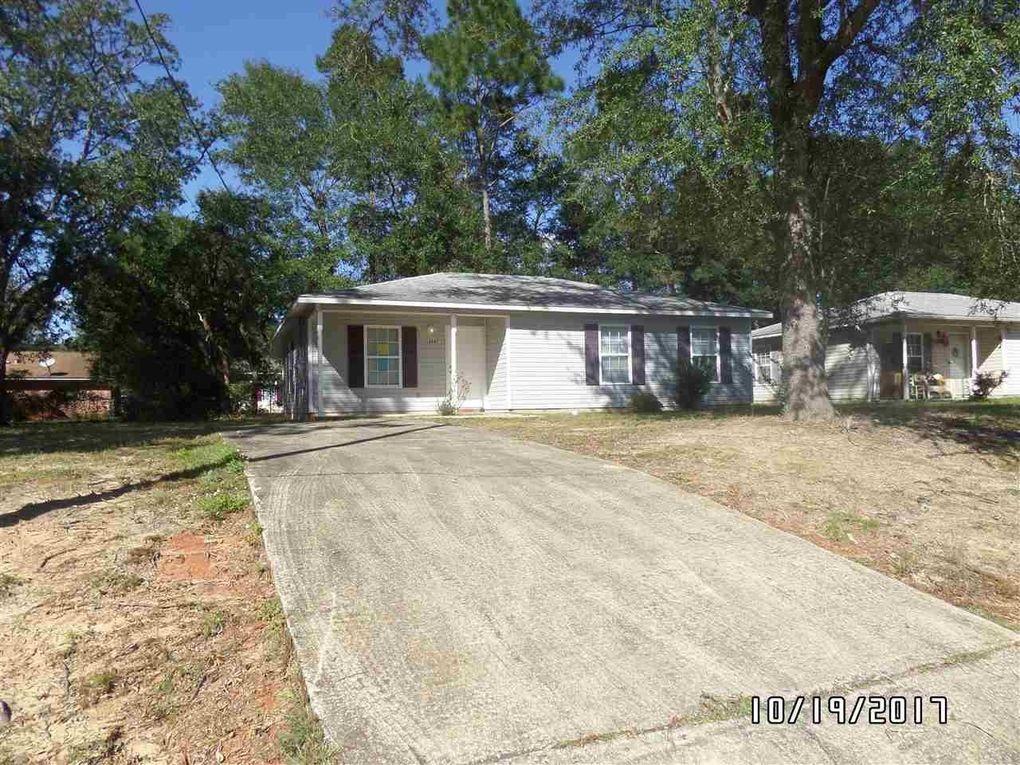 6047 Queen St, Milton, FL 32570