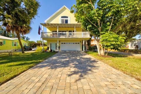 525 S Banana River Dr, Merritt Island, FL 32952