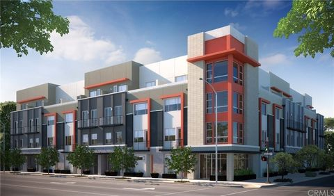 221 Elm Ave, Long Beach, CA 90802