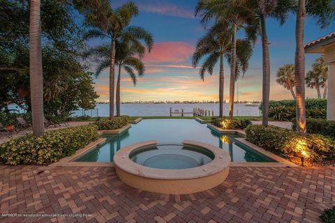 Photo of 610 S Lakeside Dr, Lake Worth, FL 33460